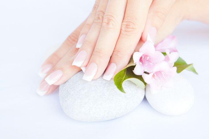 maintaining-beautiful-nails