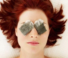 Pamper your eyes with these household items